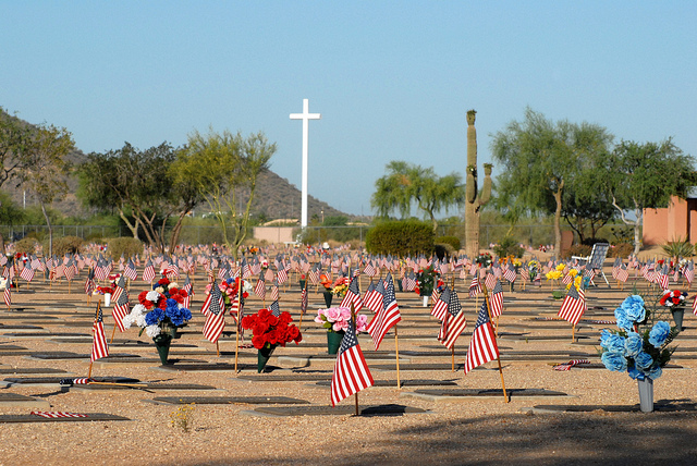 PhoenixVeteransCemetery Memorial Day 2017: Remembering Those Who Sacrificed…
